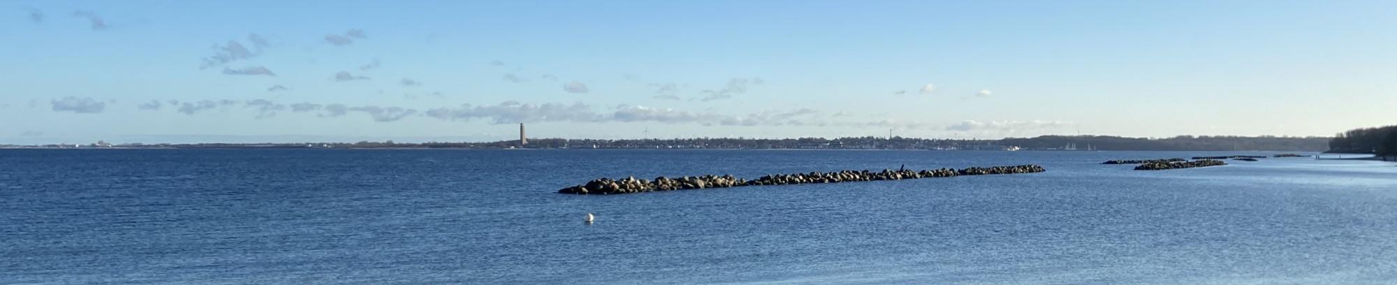 Kiel-Schilksee mit Blick nach Laboe